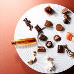 ショコラティエ パレドオール秋の新作ボンボン・ショコラ「キャラメル ペアリング」