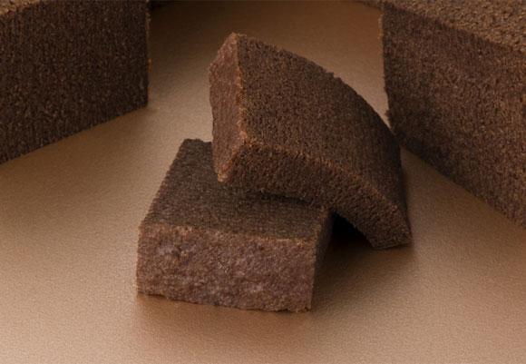ねんりん家『モア モイストバーム もっとしっとり芽 ショコラ』の一口サイズ